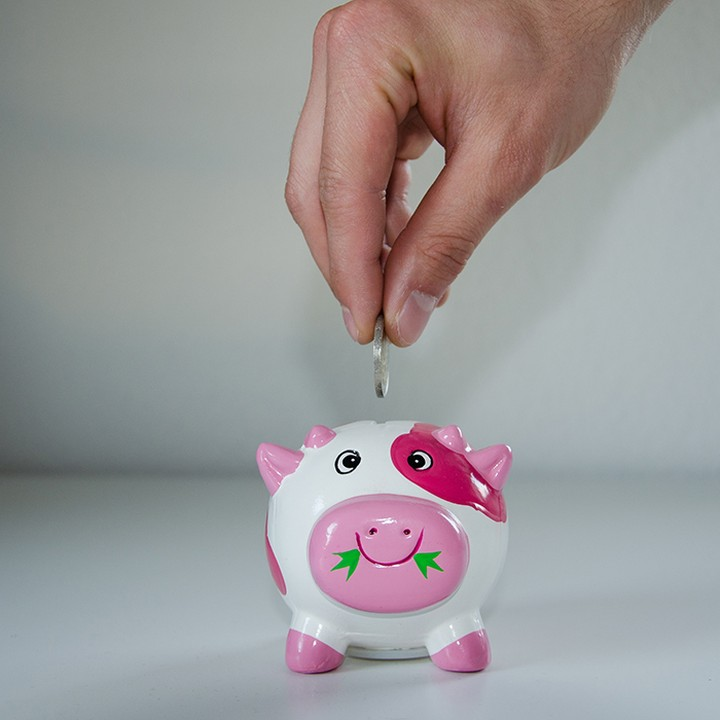 💸 Want tips to make your student loan last longer? – We've listed some of our favourite money saving hacks in our new blog, from food to bank accounts to help you save your pennies 👌 – Link in bio 👆  #apartofyourstory #student #savinghacks
