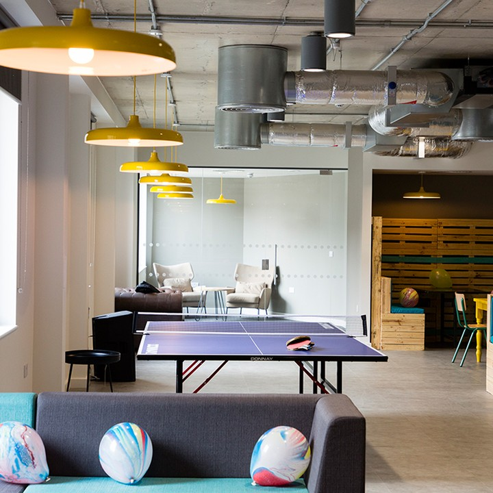 Whether you want a quiet area to study or a game of table tennis with your pals, the Cam Foundry has got you covered.😀💯 #apartofthecamfoundry #studentliving